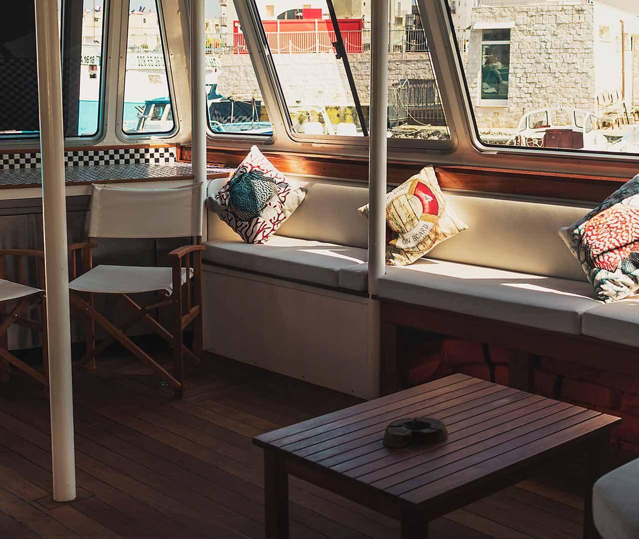 catamarano-raptus-seaward-noleggio-monopoli