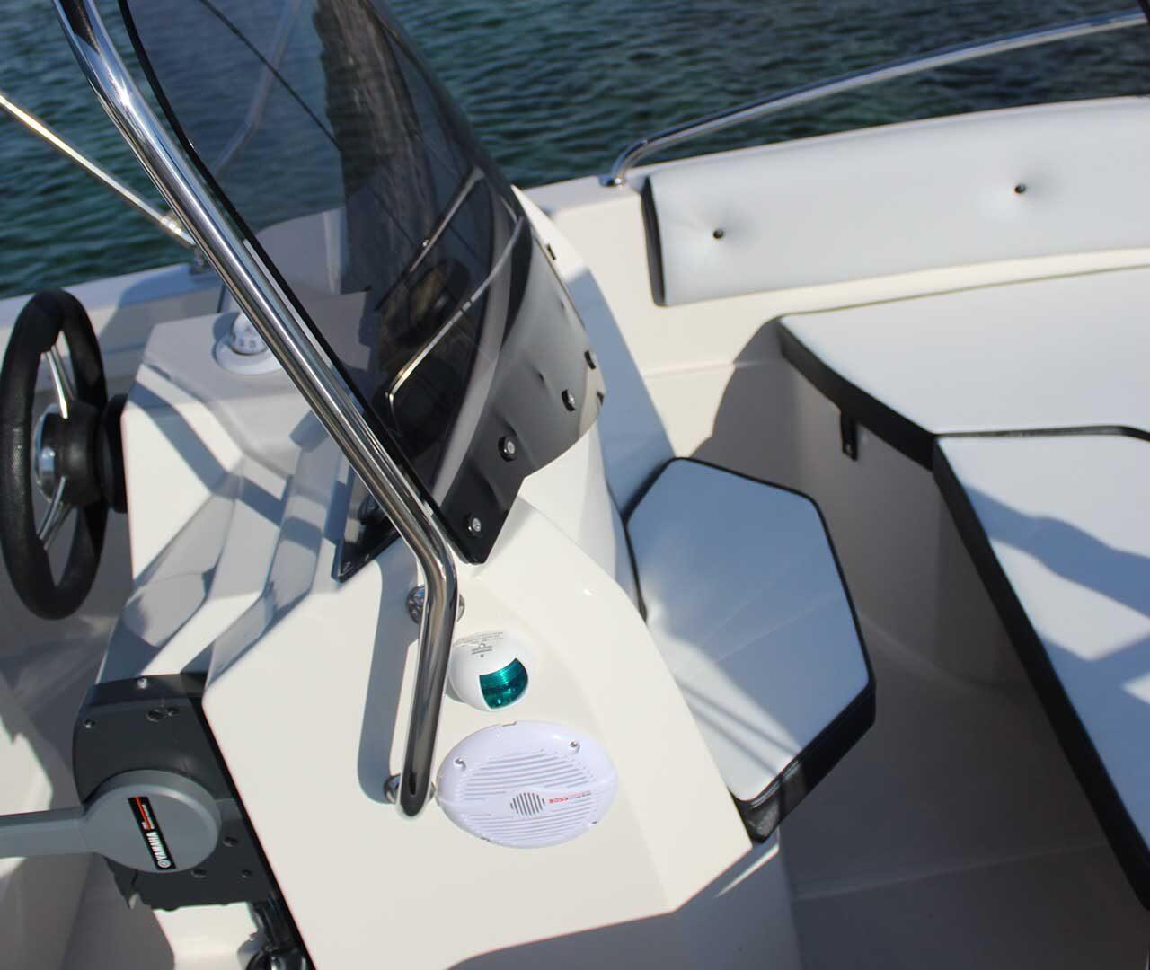 seaward-barca-medium-line4