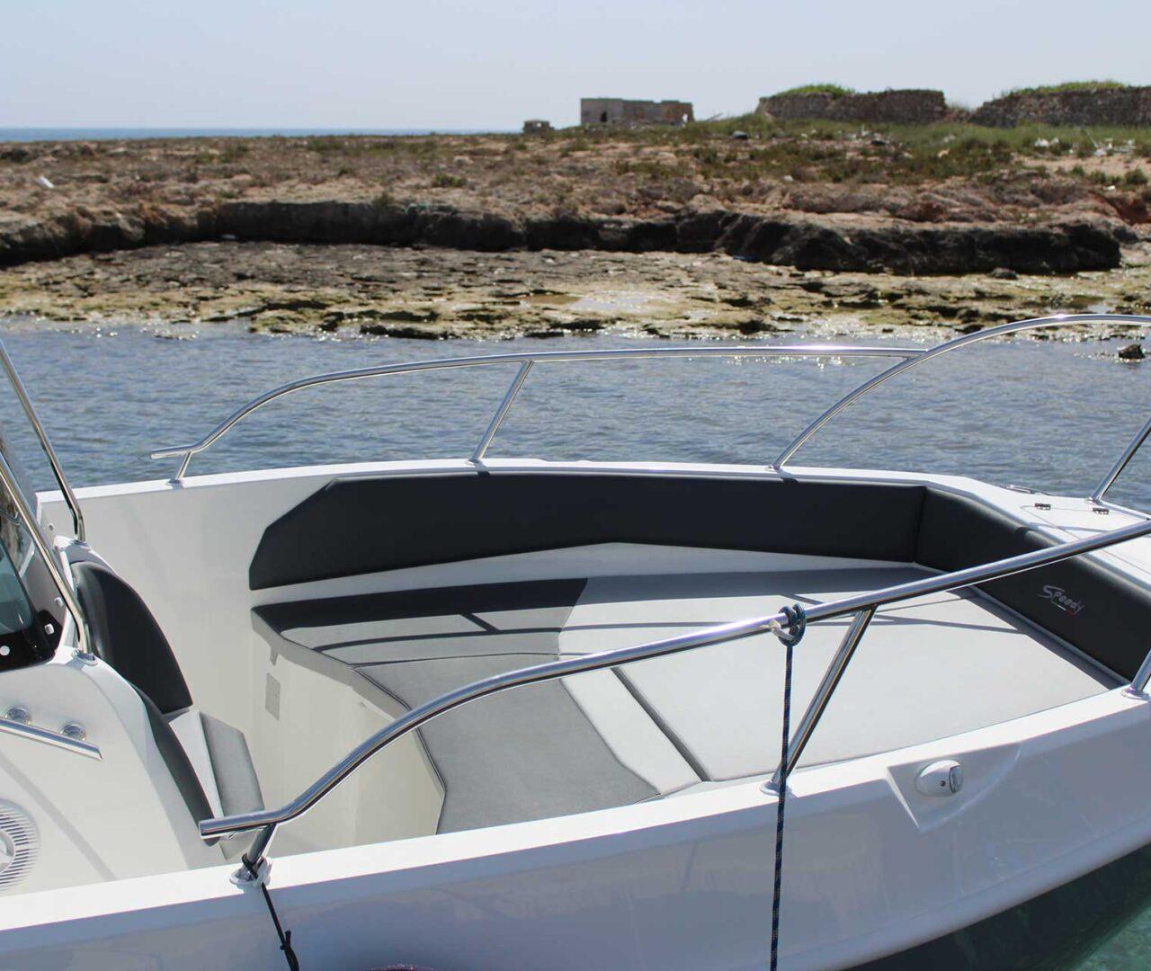 seaward-noleggio-barche-monopoli-luxury-line8